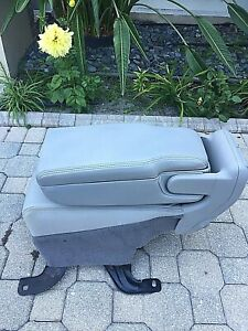1998 2002 Lincoln Town Car Center Console Gray Oem