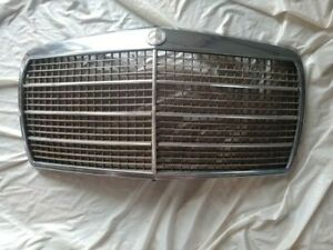 Mercedes Benz W114 W115 C114 Front Grille Assembly Including Badge Free Ship