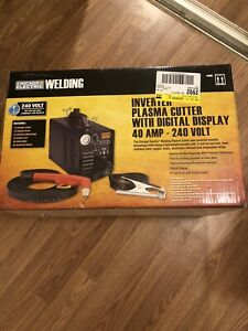 New Chicago Electric Welding 64808 Inverter Plasma Cutter With Digital Display