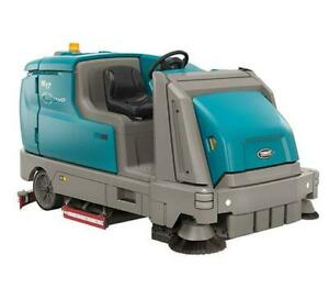 Tennant M17 High Performance Battery Rider Sweeper scrubber Refurbished