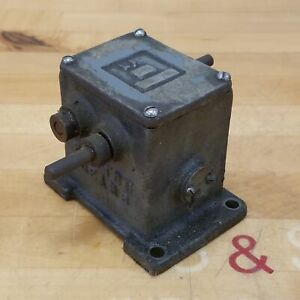 Boston Gear 361601 Gear Reducer La 200 Used