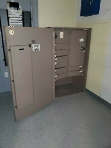 Large Commercial Bank Safe With Interior Locking And Combination Compartments