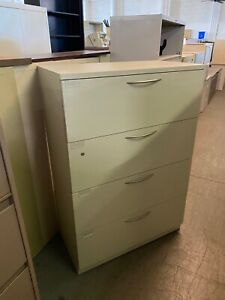 4 Drawer Lateral Size File Cabinet By Steelcase Office Furniture W lock