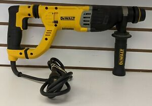 Dewalt D25263 8 5 Amp 1 1 8 In Corded Sds plus D handle Rotary Hammer Drill
