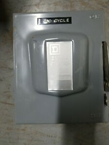 Square D D 321n Safety Switch Used