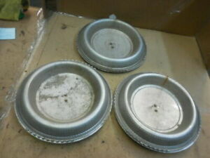 1974 1976 Cadillac Deville Fleetwood Set Of 3 Oem 15 Hubcap Wheel Covers