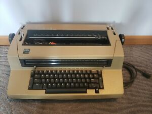 Vintage Antique Ibm Selectric Ii Correcting Typewriter Brown Excellent Working