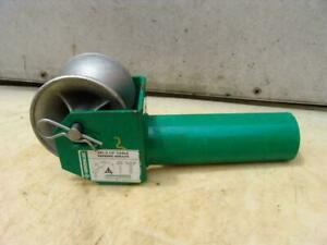 Greenlee 441 3 1 2 Inch Feeding Sheave Cable Wire Tugger Puller 2