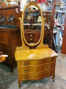 Antique Birds Eye Maple Vanity Dresser W Mirror Beautiful