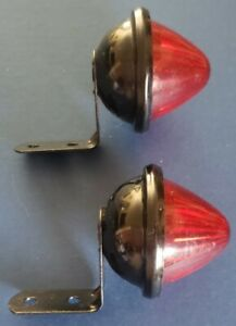 Vintage Pair Yankee 86 Hot Rod Trailer Red Marker Tail Light Housings Only