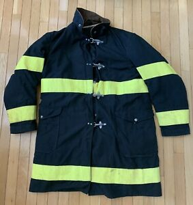 Globe Firefighter Jacket Size 44 Tennco