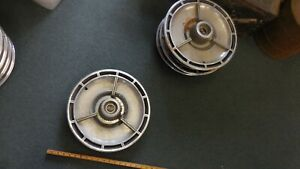 1964 Chevrolet Impala Ss Wheelcovers Set 4 1964 Chevy Hubcaps 64 Chevelle Ss
