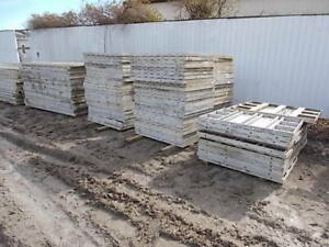 Precise Aluminum Concrete Forms 3 X 8 Smooth Wall Panels