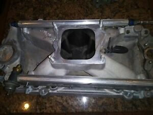 Big Block Chevy Edelbrock Intake Oval Port Efi