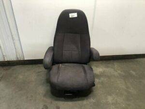 2014 Freightliner Cascadia Left Air Ride Seat Needs Cleaned