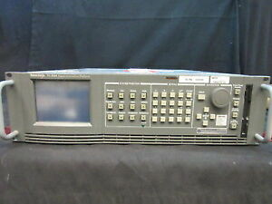 Tektronix Tg2000 Signal Generation Platform Serial Number B011490 With 5 Mod