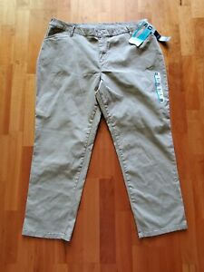LEE All Day Pant Relaxed Fit Straight Leg Beige Pants Womens Plus 16W Petite 27quot; $29.95