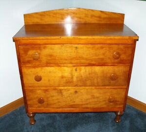 Antique Solid Cherry 3 Drawer Chest Of Drawers From Early 1800 S