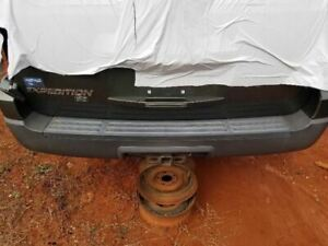 Rear Bumper Textured Lower And Smooth Upper Fits 04 06 Ford Expedition Oem