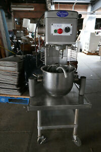 Commercial Dough Mixer 20 Quart Globe Chefmate Gcm 20h Single Phase On S s Table