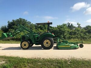 2006 John Deere 5325 4x4 With 542 Loader bucket mower Deck 1370 Hours