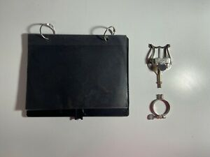 Bb Clarinet Lyre With Flip Folder for Marching Band.