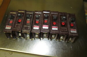 Lot Of 8 Wadsworth Single Pole 15 Amp Breakers Metal And Plastic Feet