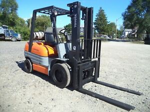 2000 Toyota Model 52 6fgu30 6 000 6000 Pneumatic Tired Forklift Side Shift