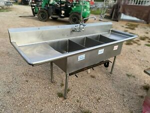Stainless Steel 93 5 X 29 5 Heavy Duty 3 Compartment Sink W faucet Overspray
