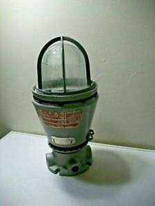 Appleton Electric Co A 51 Series Explosion Proof Lighting Fixture