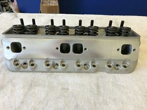 New Edelbrock 77619 Victor Jr Small Block Chevy Cylinder Head 2 Available