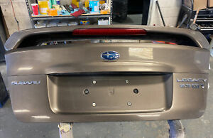 2005 2009 Subaru Legacy Gt Trunk Deck Lid Spoiler Assembly Sedan Oem 05 09
