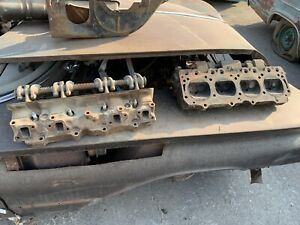 1960 Buick Nailhead 1196914 Cylinder Heads Valve Covers And Misc Parts