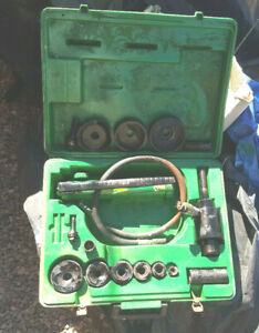 Greenlee 7646 Hydraulic Knock Out Punch Set 767 Pump W Heavy Duty Carry Case