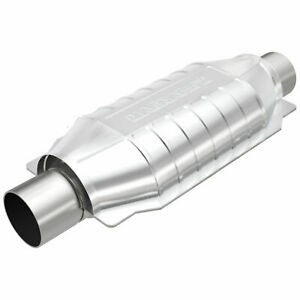 Magnaflow 94006 Universal High flow Catalytic Converter Oval 2 5 In out