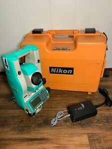 Nikon Dtm 522 Survey Surveying Total Station With Battery Charger And Hard Case