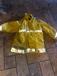 Globe Firefighter Jacket Coat Turnout Gear 46
