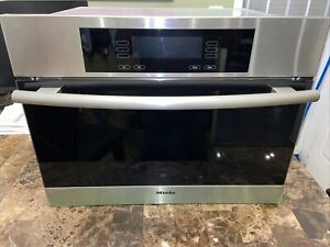 Miele 24 Electric Steam Oven Dg4080