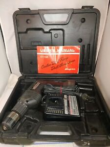 Snap on Cordless 3 8 Drill With Charger And Case Et1165 No Battery