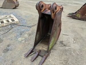 18 Cat 312 313 314 Excavator Bucket 65 Mm Pins 8 75 Stick Width