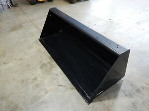 72 New Holland Smooth Edge Front Loader Bucket Universal Quick attach