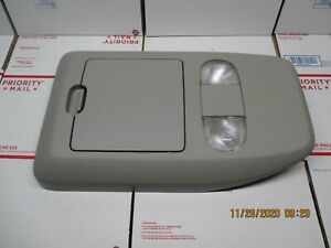 04 08 Ford F 150 Overhead Console Storage Dome Map Light F150 Gray
