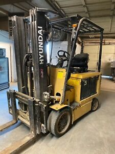 Hyundai 30bc 7 Indoor Industrial Electric Unloading Warehouse 5500 Forklift