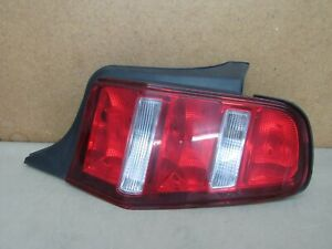2010 2011 2012 Ford Mustang Gt Right Tail Light