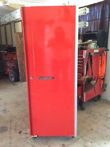 Snap On Snapon Snap On Red Side Locker Hangs To Lower Snap On Tool Box