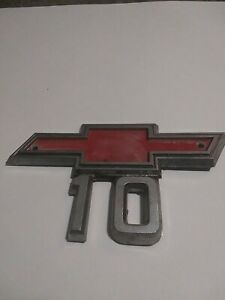 1967 1968 Chevy Truck C10 Side Fender Emblem Badge Symbol Logo Sign Oem 1967