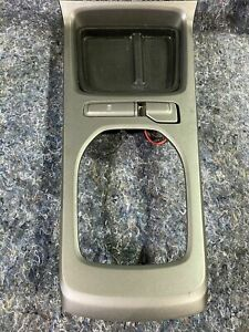 2010 2015 Camaro Ss Center Console Shifter Bezel W o Gauges Auto Transmission