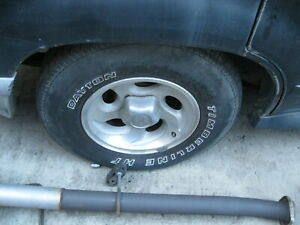 96 Explorer Disc Rearend Complete With Brakes For Swap No Shipping