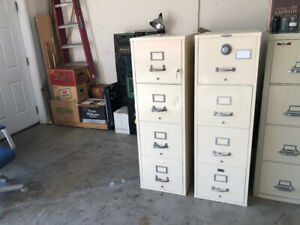 Refurbished Letter size 4 drawer Fireproof File Cabinet With Combination Lock