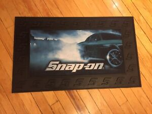 New Snap On Tools Racing Black Rubber Bench Top Utility Tool Box Mat Door Pad